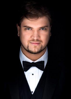 Anthony Robin Schneider, bass